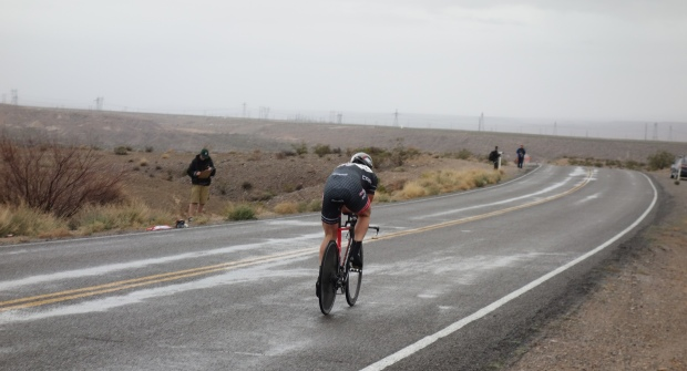 Pete setting off on the Valley of Fire Time Trial, taking advantage of a lapse in the rain